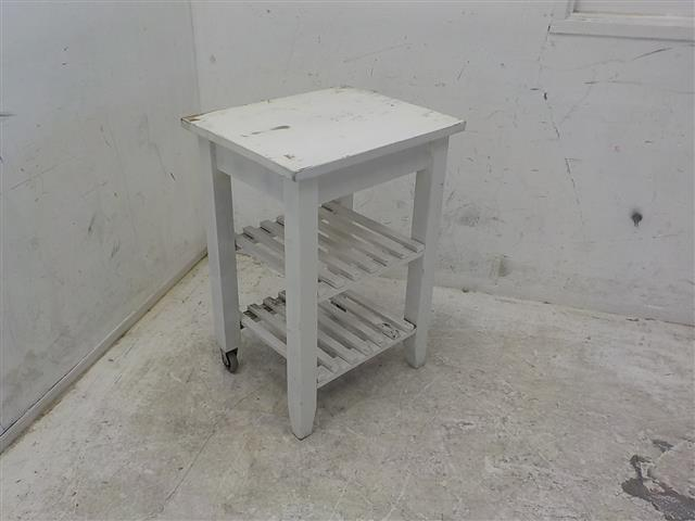 Witte keukentuin bijzettafel met aan kant wieltjes bekijk for Witte eetkamerstoelen op wieltjes